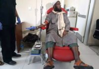Kenyans donate blood for victims of Mogadishu bomb blast