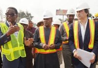 DANGOTE PRESIDENT VOWS TO COMPLETE APAPA PORT ROAD ON TIME IN NIGERIA