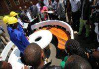 UNI STUDENTS USE CONCRETE TO PRODUCE WOOD-LIKE FURNITURE IN RWANDA