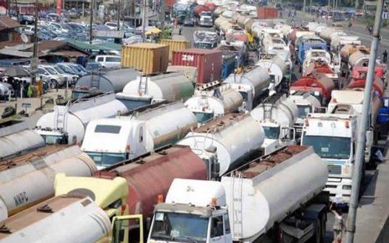 Presidential committee to help in Apapa traffic gridlock
