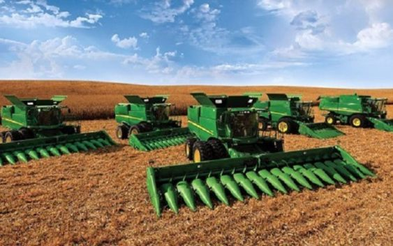 Zimbabwe government sign agriculture equipment deal