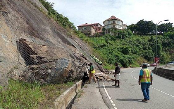 GhIG Aburi-Ayi Mensah dual carriage road