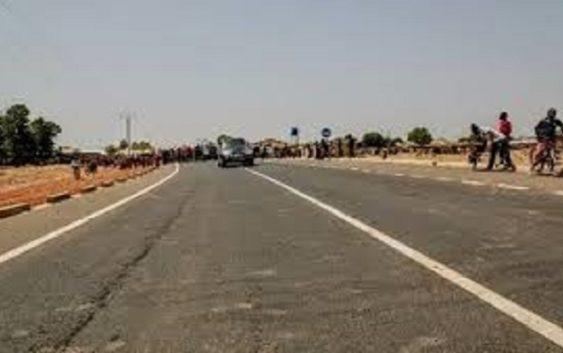 Laminkoto-Pasamass road
