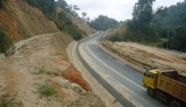 CAMEROON STAKEHOLDERS DISCUSS WAYS OF CLEARING HURDLES IN ROAD INFRASTRUCTURE